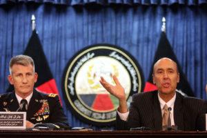 El general John Nicholson y el embajador Hugo Llorens, aseguraron que el grupo no podrá con las nuevas estrategias del pais norteamericano