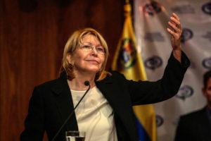 Migracion Colombia dio a conocer la llegada a Colombia en un vuelo privado de la fiscal destituida y su esposo