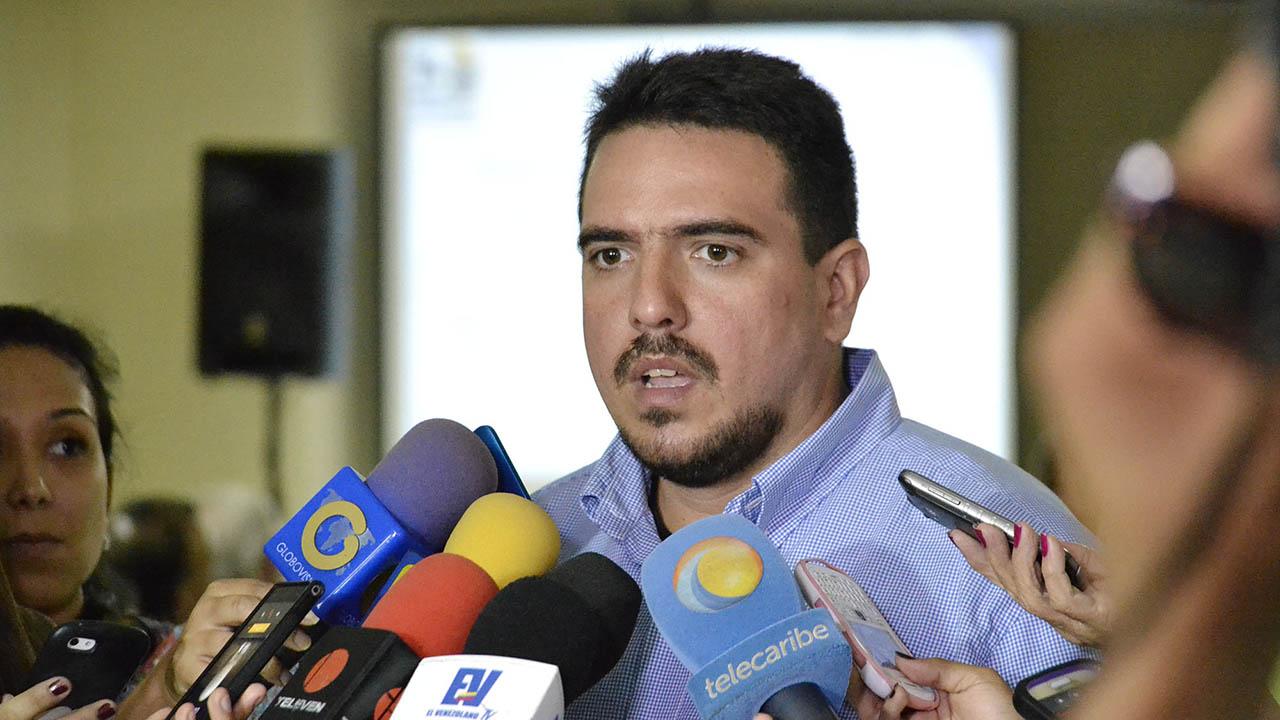 El diputado a la AN Stalin Gonzalez informo que el proceso interno se llevara a cabo el proximo 10 de septiembre