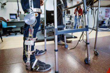 Se trata de una tecnologia diseñado para corregir lesiones raquimedulares y atender la discapacidad neuromuloesqueletica