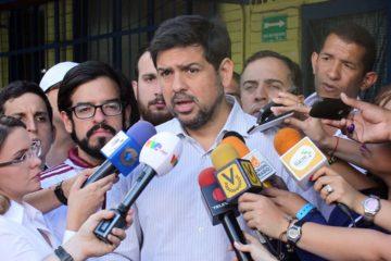 El candidato a la gobernación del estado Miranda aseguró sólo el 44% centros de votación están operativos en Chacao