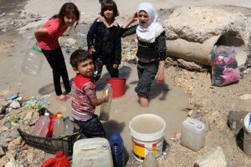 El responsable del suministro de la organización, expresó que 70% de la población no tiene acceso a agua limpia debido a la destrucción de tuberías por el conflicto armado