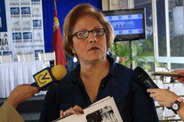 La alcaldesa metropolitana Helen Fernández denunció que lleva dos años y medio recluido sin ningún tipo de pruebas