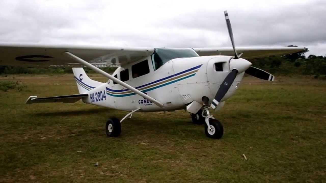 La aeronave ya había presentado los mismos inconvenientes recientemente, ocasionando daños en una de sus alas y la parte inferior derecha