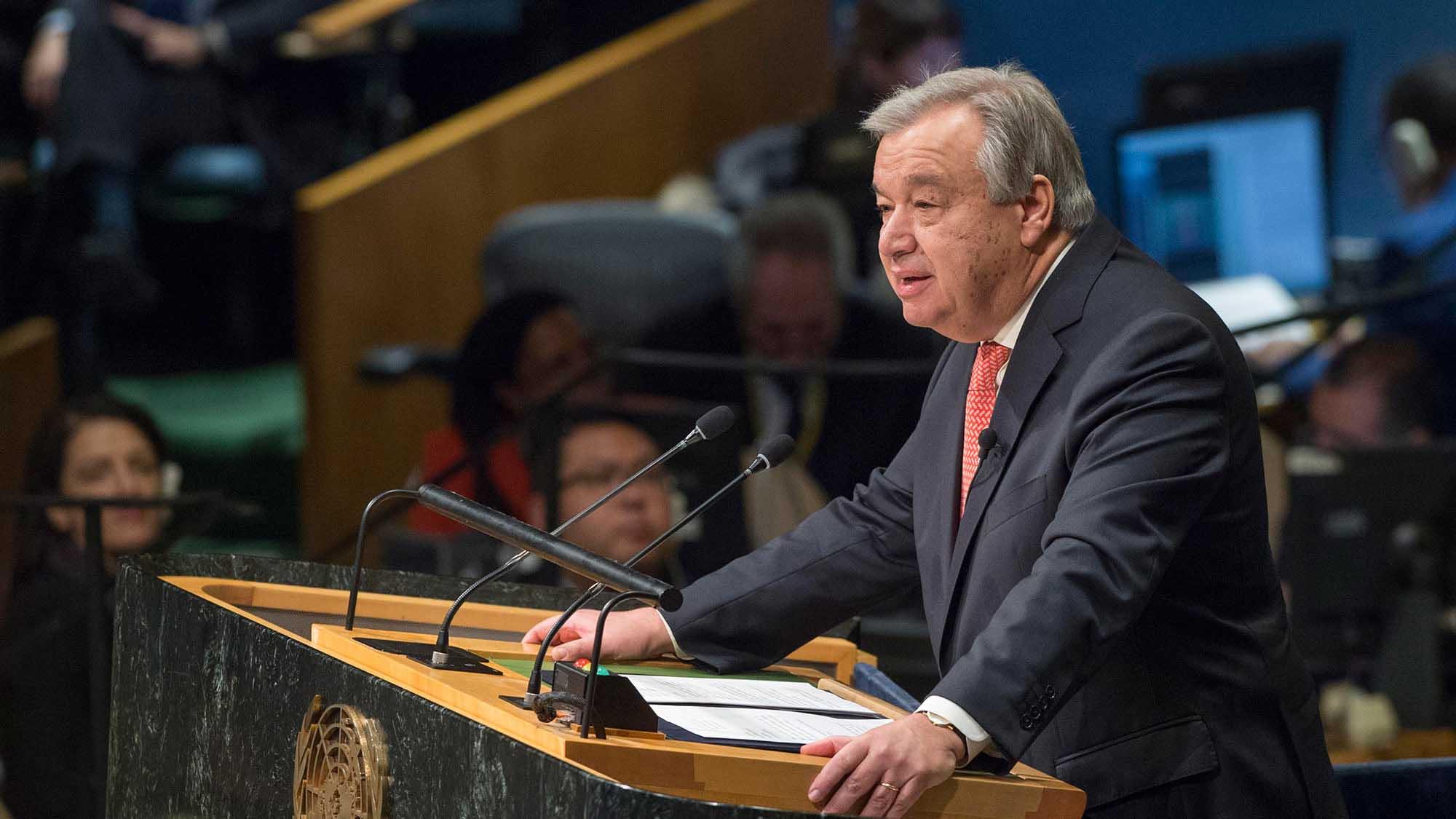Antonio Guterres, jefe de la ONU, renovó su llamado a un diálogo político urgente y dijo que apoya esfuerzos de mediación regionales