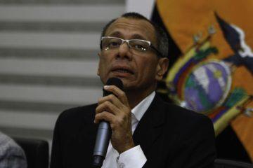 El fiscal general de Ecuador solicitó a la Justicia que se aplique una medida contra el vicepresidente debido a su presunta relación con el caso Odebrecht