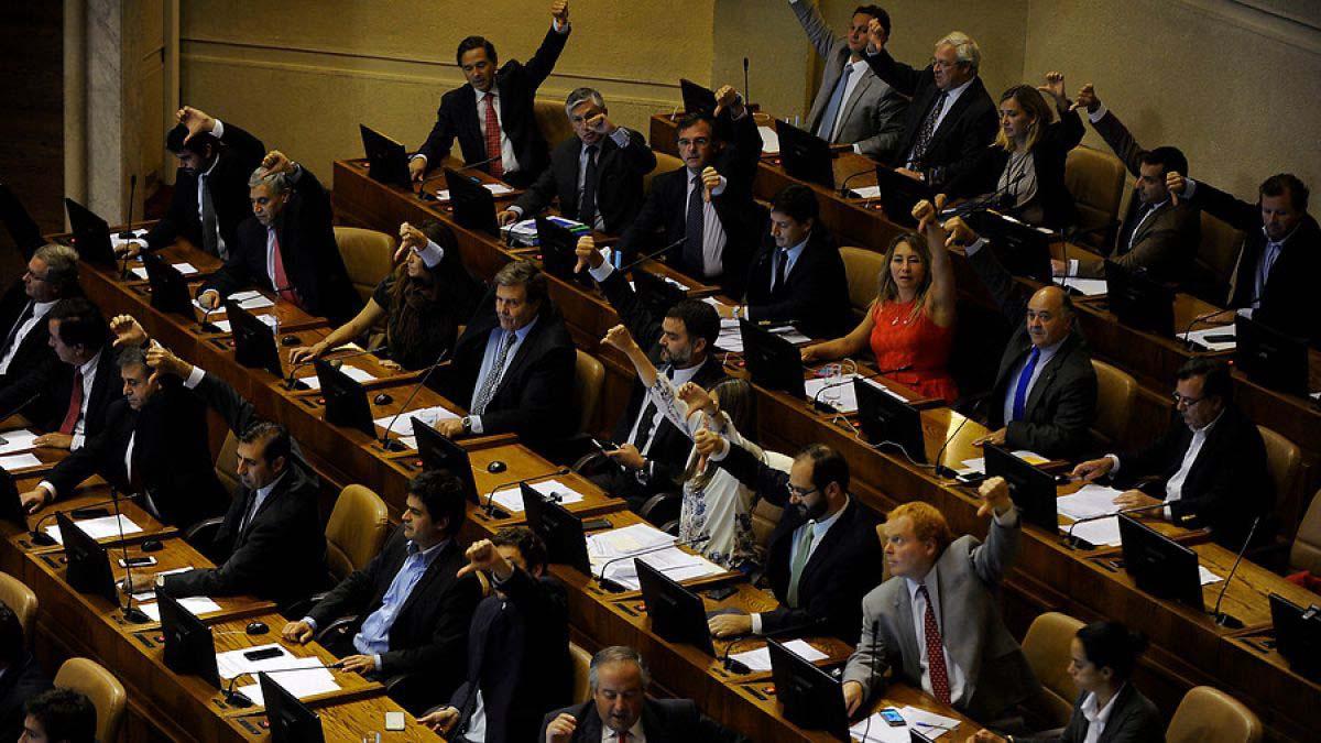 Con la decisión de la Corte, integrada por ocho hombres y dos mujeres, la iniciativa quedó lista para ser promulgada por la presidenta Michelle Bachelet