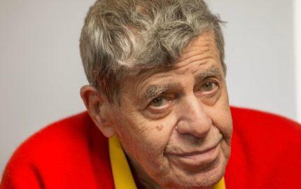 El tambien comediante murio rodeado de su familia por causas naturales a sus 91 años de edad