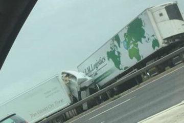 El suceso ocurrido en una autopista al noreste de Londres dejó un saldo de cinco heridos incluyendo una niña