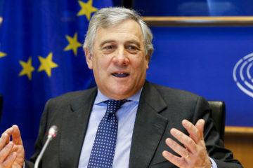 El presidente del Parlamento Europeo quiere establecer resoluciones que insten al mandatario venezolano a resolver la situación del país