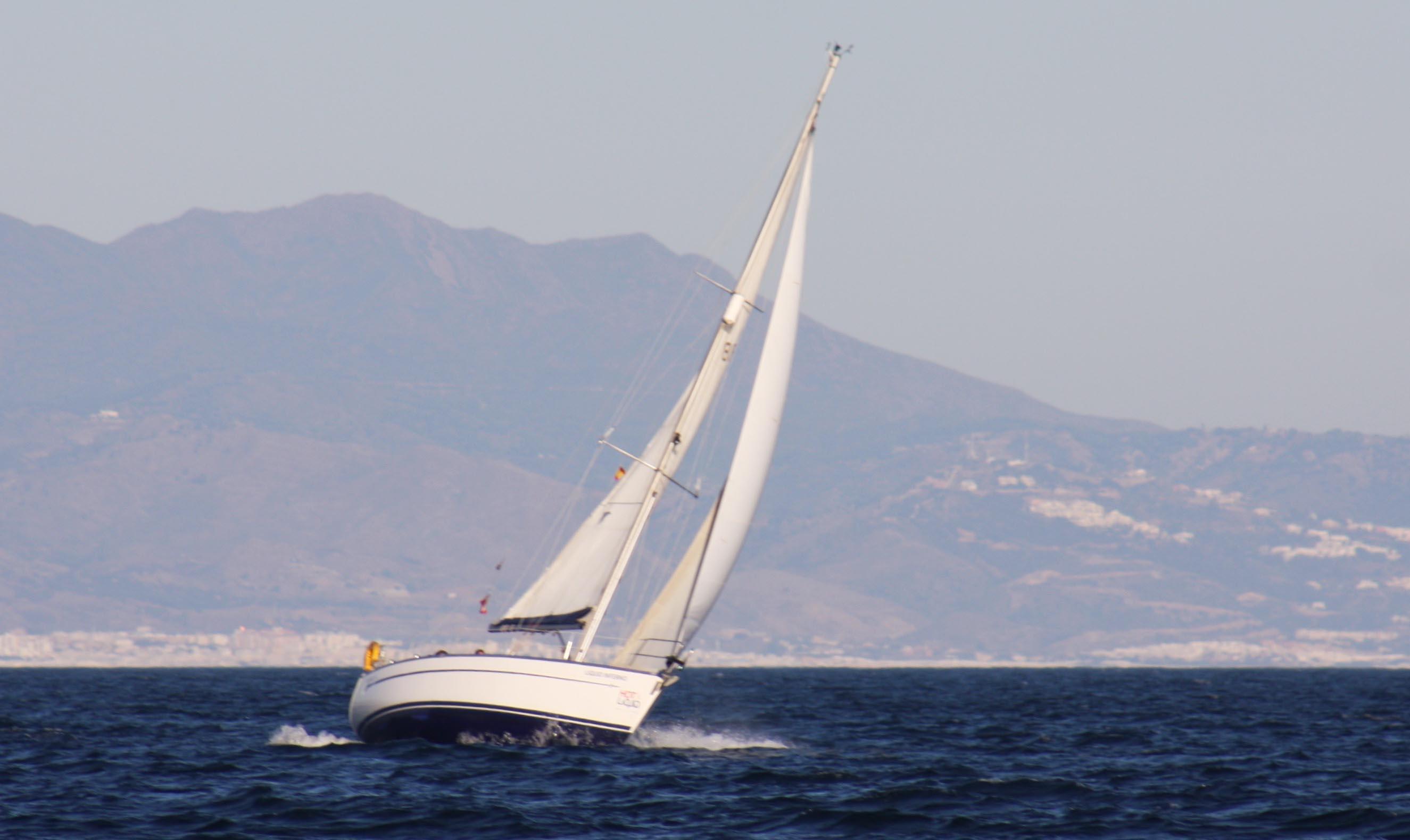 """Todo buque con matricula """"D"""" que se refiere al uso deportivo o recreacional, no puede navegar hasta nuevo aviso"""