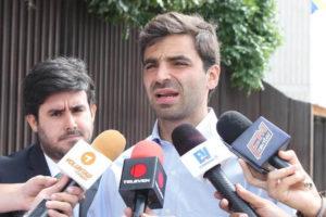 El diputado a la Asamblea Nacional, Juan Andrés Mejía, convocó la movilización hacia el centro de Caracas