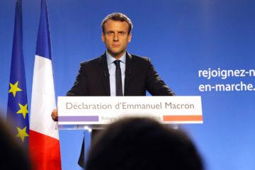 El presidente de Francia también pidió evitar nuevas escaladas de tensión en el país