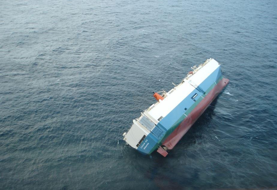 Las autoridades informaron que el incidente tuvo lugar en el rio Yamuna debido a la sobrecarga de la embarcacion