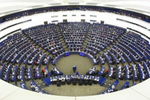 El Parlamento insto a la UE a que sean impuestas sanciones selectivas para los vinculados en este tipo de crimenes