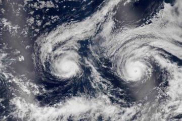 Expertos vigilan si la tormenta gana fuerza mientras atraviesa el océano Atlántico