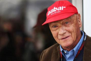 El ex corredor de Formula 1 aseguro durante una entrevista que esta en la competencia por la adquisicion de la aerolinea