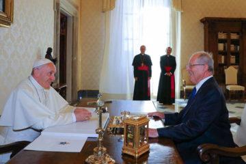 La audiencia privada entre el mandatario peruano y el Sumo Pontifice tuvo una duracion de 26 minutos