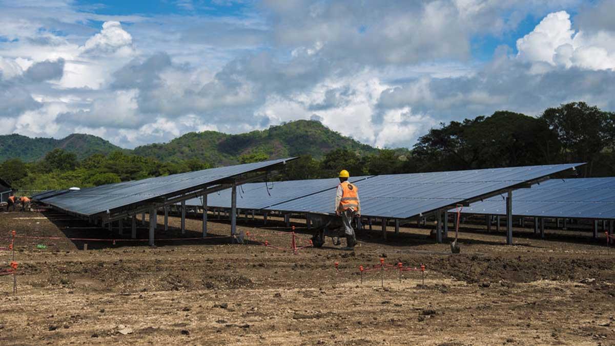 El Parque Solar Juanilama es el primer proyecto de Latinoamérica en concretarse a través de un acuerdo bilateral entre el gobierno de Japón y Costa Rica