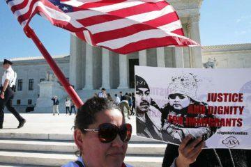 El tribunal pide al Gobierno de Trump y a quienes desafían el veto que entreguen nuevos documentos legales para saber si el caso es ahora irrelevante