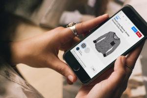La red social y motor de búsqueda es utilizado por numerosas marcas que colocan en el sitio fotos de sus productos con el fin de captar clientes