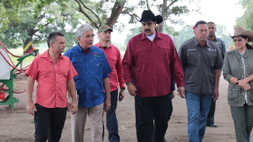 """El mandatario aseguró que el español debería """"enfocarse en los problemas de su país"""" debido a que Venezuela es """"patria de dignidad"""""""
