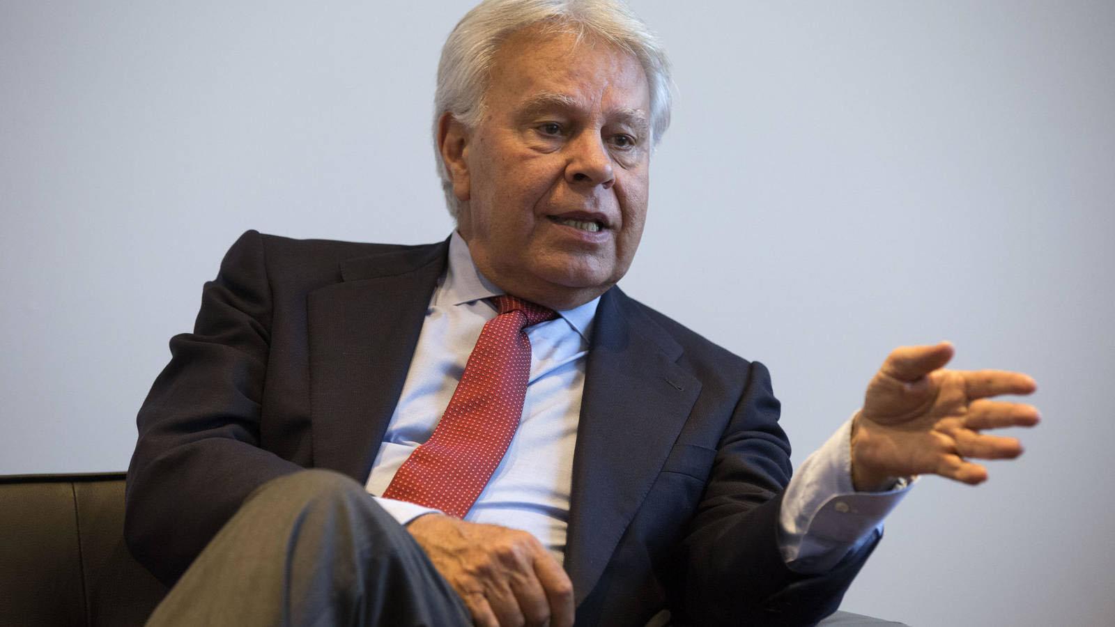 Felipe González, expresidente del Ejecutivo español, mostró solidaridad con el caso deYon Goicoechea quien el 28 de agosto cumplió un año detenido