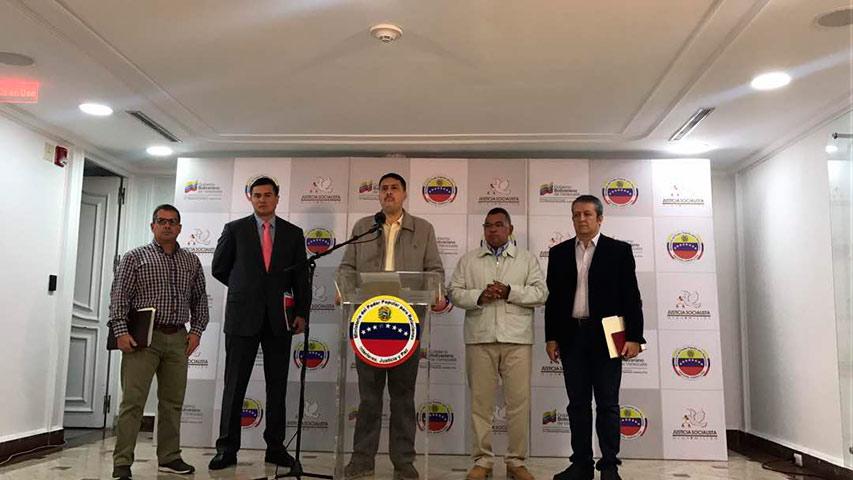 Los ministros de economía e interior, Ramón Lobo y Néstor Reverol respectivamente anuncairon la activación del Plan Estratégico