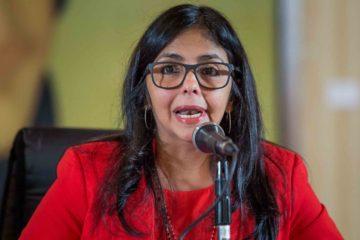 """Delcy Rodriguez aseguró durante una rueda de prensa que el proceso electoral """"se llevó a cabo con todas la garantías contempladas en las leyes de la República"""""""