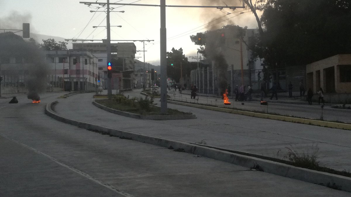 Los jóvenes son acusados por el asesinato de un efectivo policial y un estudiante universitario durante una protesta realizada el 13 de junio