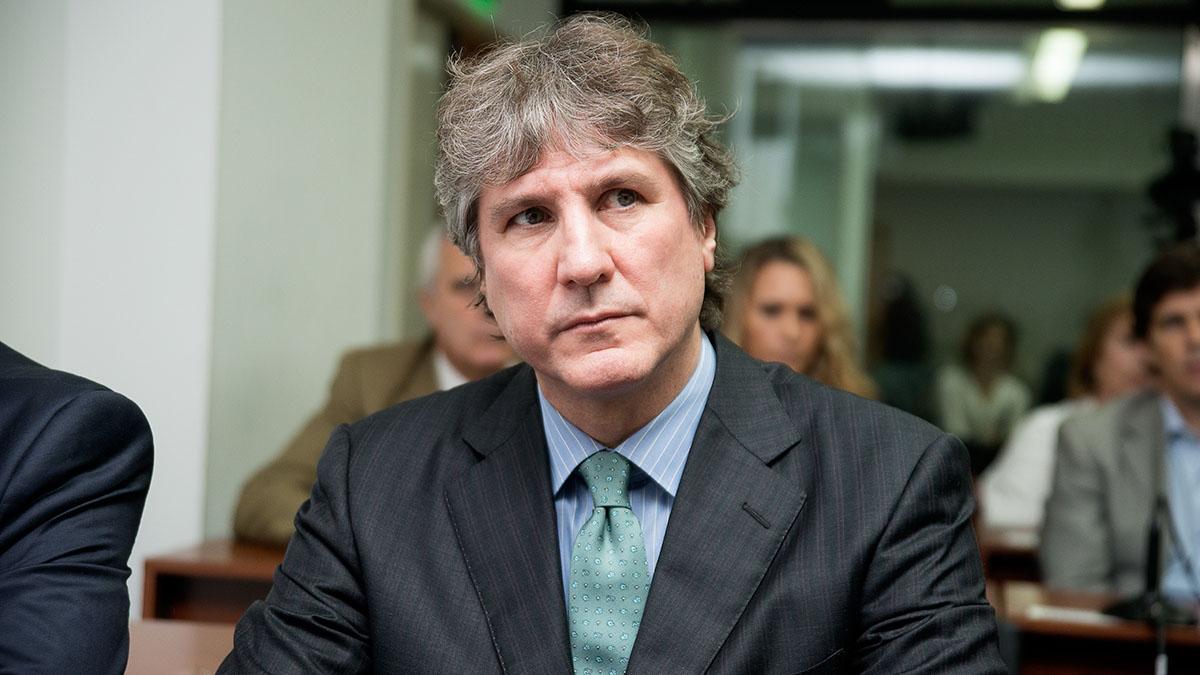 El juez encargado del caso opinó que el exfuncionario incurrió en los supuestos delitos de abuso de autoridad y violación de los deberes de funcionarios públicos