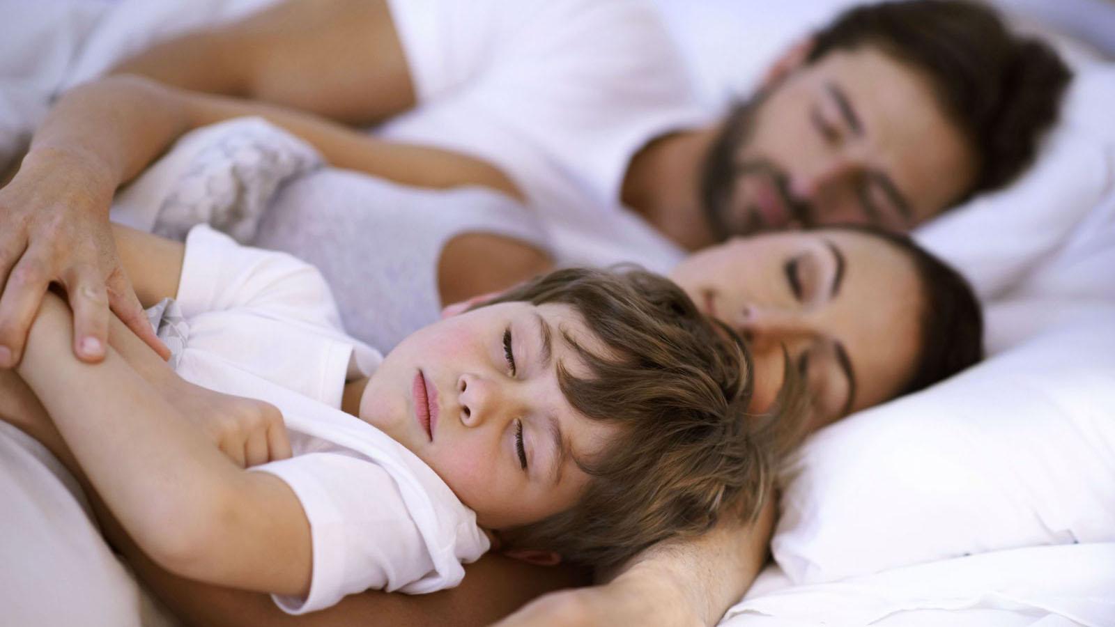 Aprende a trabajar los cambios en la rutina sin que la calidad del tiempo de descanso de tus hijos sea afectada