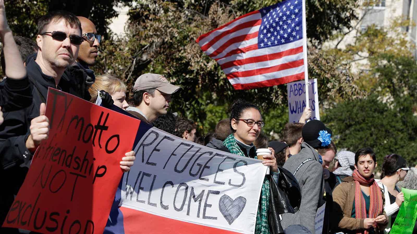 Sin embargo, ciudadanos de once países que quieran viajar a Estados Unidos estarán sujetos a revisiones adicionales