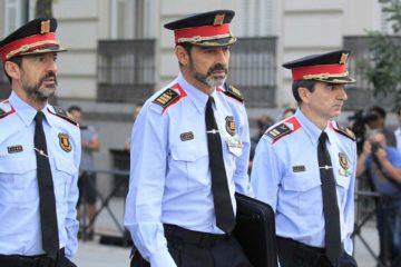 Josep Lluís Trapero no podrá salir de España y tendrá que comparecer cada dos semanas en un juzgado