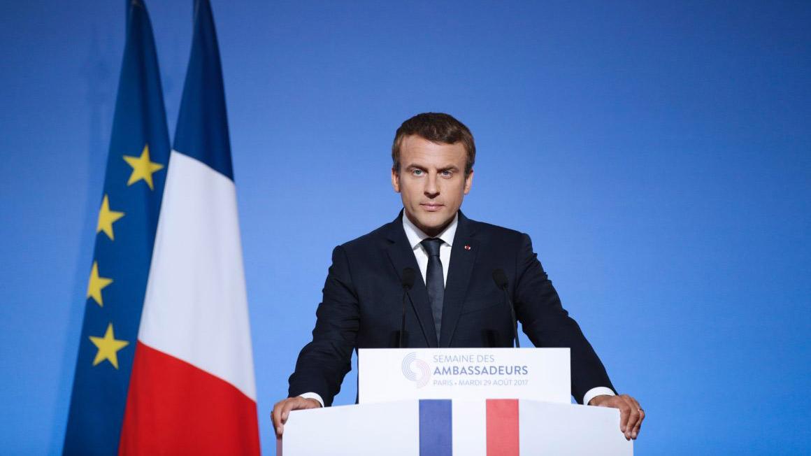 El jefe de Estado francés dijo que desea que este símbolo religioso mundial se acomodado en ese tiempo