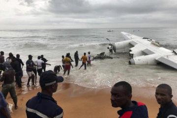 La aeronave militar estaba cargada de armamento al momento de estrellarse en a orillas del Océano Atlántico