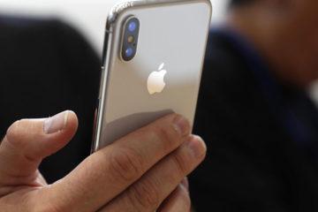 El smartphone está equipado con una pantalla Samsung OLED, chips de memoria flash NAND, y baterías de los afiliados de la empresa norcoreana