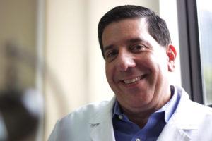 Video entrevista al Dr. Ricardo Soto Rosa en Doble Llave