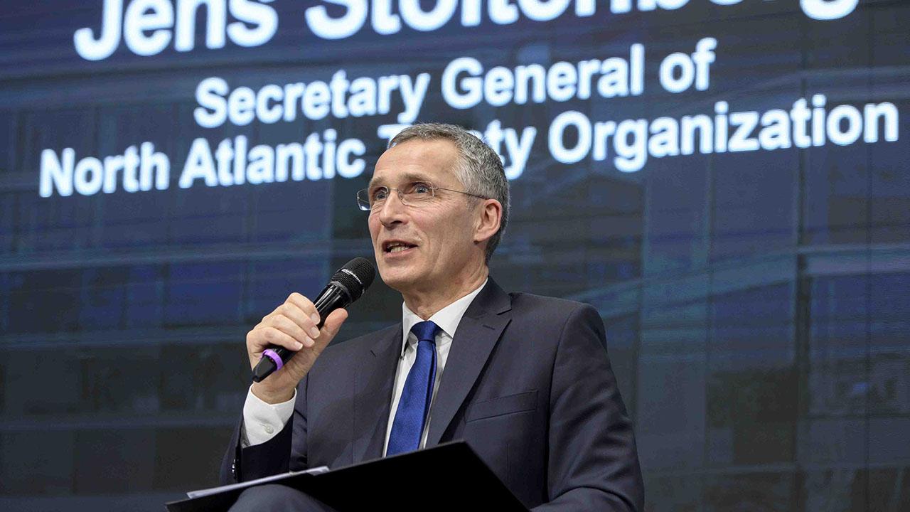 Jens Stoltenberg, secretario general de la alianza militar occidental, aseguró que esta medida permitirá que en un futuro 16 mil soldados se unan a las filas afganas
