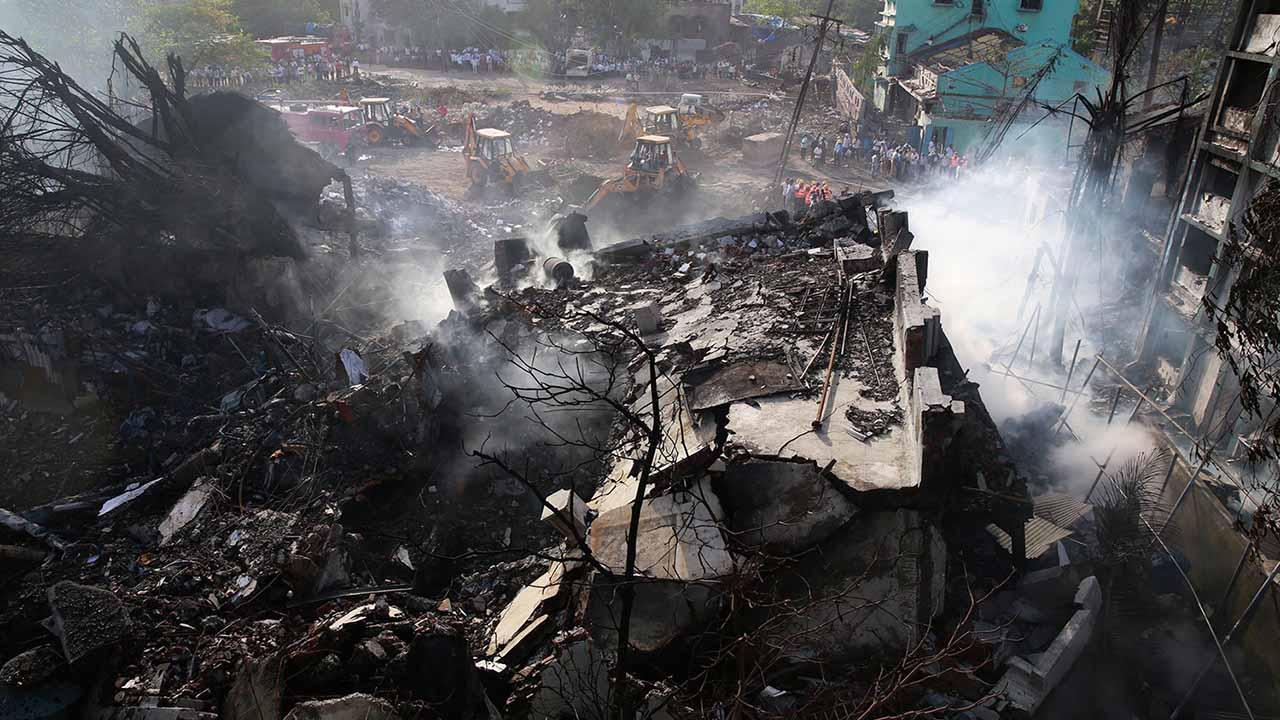 Son 26 las victimas mortales confirmadas hasta ahora tras el accidente ocurrido en una fabrica de carbon al norte del pais asiatico