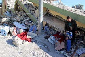 Los datos de víctimas del sismo en la zona fronteriza con Irak también registran 7 mil 800 personas heridas