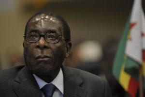 El ex presidente fue beneficiado con inmunidad para no ser procesado por presuntos delitos que se le atribuyen