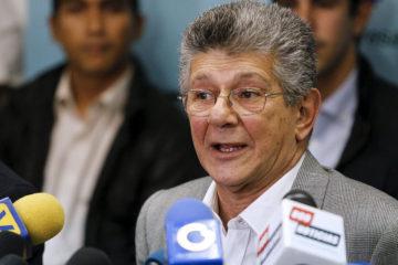 """El secretario general de AD aseguró que es """"innegable"""" la ruptura en el seno de la alianza Mesa de la Unidad Democrática"""