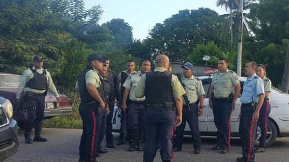 Comisiones mixtas de diversos cuerpos policiales trabajan en la zona, para dar con el paradero de los delincuentes