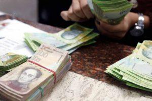 """La economista Karelis Abarca explicó que es """"innegable"""" el carácter hiperinflacionario del proceso que se vive en el país"""