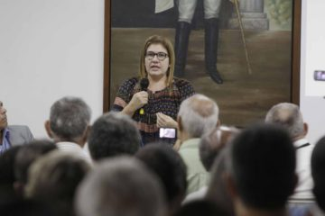 La economista venezolana se encuentraexplicando la situación económica del país en varias universidades españolas