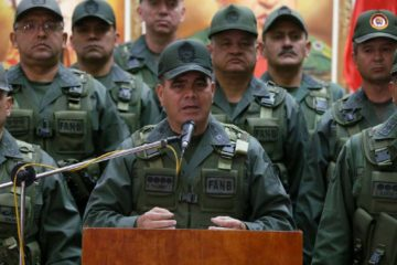"""El ministro de la defensa, Vladimir Padrino López, aseguró que el """"Plan República"""" se encuentra en pleno despliegue de preparativos"""