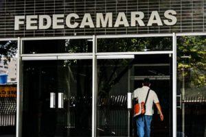 """En la reunión, que se lleva a cabo en Fedecámaras, se conforma una propuesta para """"desmontar"""" el control de cambio"""