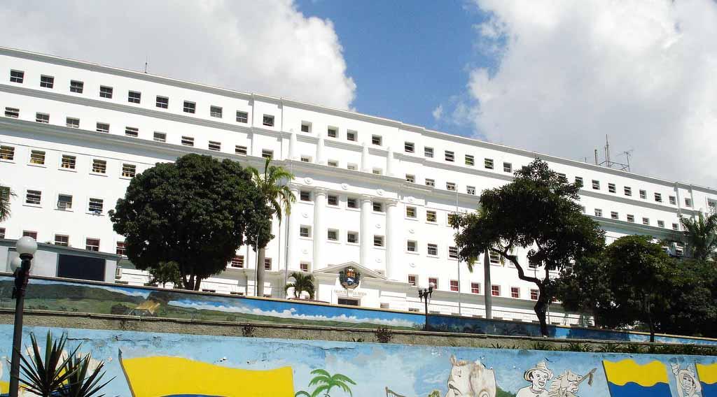La reunión de reestructuración de Venezuela con los tenedores de bonos concluyó con poca información para los inversionistas presentes