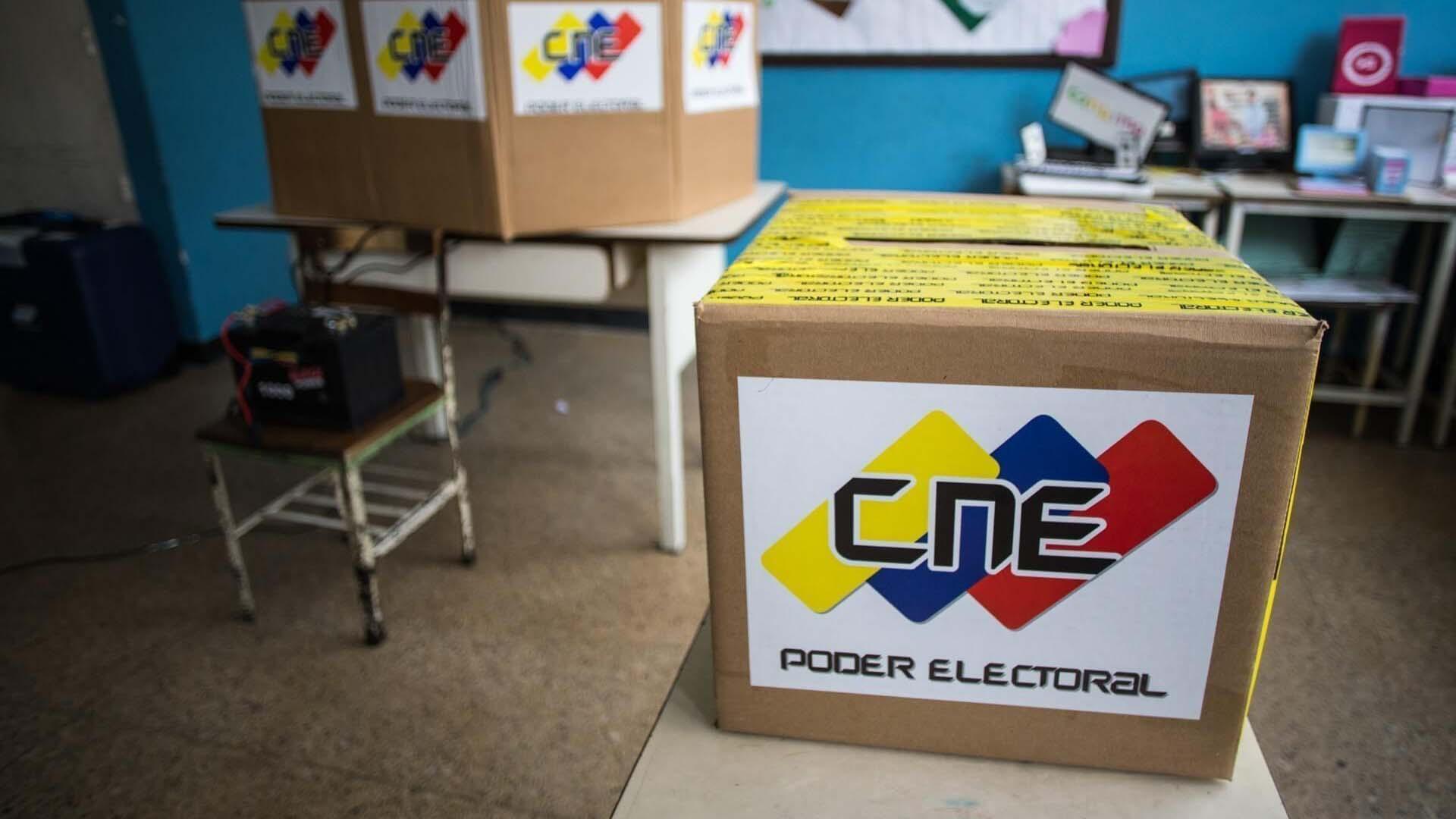 La rectora principal del CNE aseguró que el ente tomará las medidas necesarias para informar a los electores en caso de sustituciones